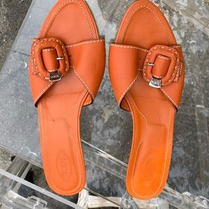 Tods orange short heeled shoes
